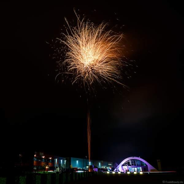 Silvesterfeuerwerk-Vorschießen der Firma Beisel Pyrotechnik 2020-2021 - E210 Event-Hangar Rheinmünster Baden