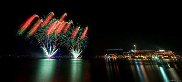 STERNENZAUBER ÜBER KIEL mit Feuerwerk als Abschlussinszenierung der Kieler Woche 2021 von AIDA Cruises